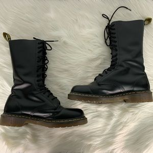 Doc Martens The Original 1914 Smooth Boots